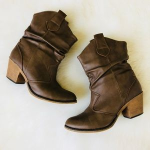 Charles Albert Slouch Boots